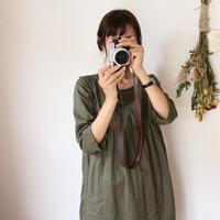 【ダブルガーゼワンピース】ふわふわ柔らかコットンダブルガーゼ 胸元切り替えギャザーワンピース くすみ色 カーキグリーン