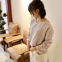 【受注生産】ふんわりダブルガーゼのシンプルなカフス仕様のプルオーバーブラウス(ライラック)