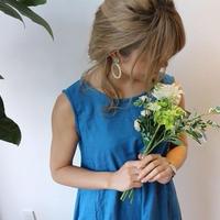 ダブルガーゼで魅せる、ゆるふわなノースリーブデザインワンピース(ダックブルー色)