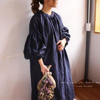 ○心地良く優しいリネン服○くったりベルギーリネンで魅せる、ボリュームいっぱい袖のギャザーシャツワンピース (ネイビー)