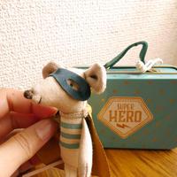 【Maileg】スーパーヒーローとスーツケース