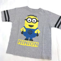 1327.【USED】MINIONS T-shirts