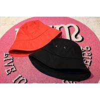BIG BUCKET HAT