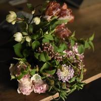 季節の切り花セレクト便(送料込み)