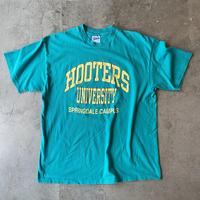 1990s Hanes BEEFY Hooters Univ. Tee