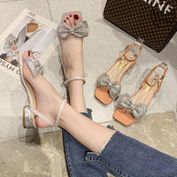 サンダル ラインストーン リボン チャンキーヒール 4cm 韓国ファッション レディース アンクルストラップ スパンコール キュート 痛くない かわいい 靴 歩きやすい 617128096412