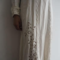 Antique White Flower Dress