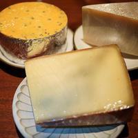 おすすめチーズ盛り合わせ