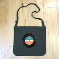本物のレコードを使ったショルダーバッグ 斜め掛けバッグ「bagu」ダークグリーン  ST-001GRN