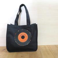 本物のレコードを使ったラウンドトートバッグ「bagu」ブラックxオレンジ  アップサイクル  HT-104BO