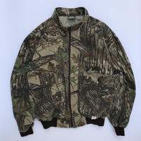old Cabela's tree camo jacket.made in usa.size XL.