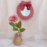 【YOSHIKO】壁掛けRibbon mirror・ピンク