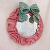 【YOSHIKO】壁掛けRibbon mirror ・ピンク×グリーン