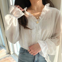 spring blouse / white