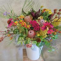 Seasonal arrangement S-5