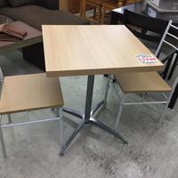 カフェテーブル・イス3点セット