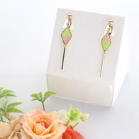 和紙のイヤリング/ピアス*ダイヤ*バイカラー/黄緑×ピンク