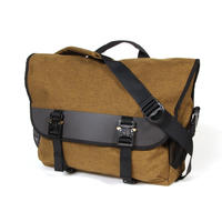 Snapper messenger/brown