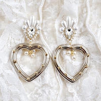 queen heart earring