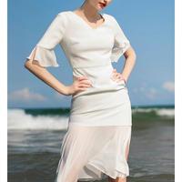 白/赤フェミニンパーティー/結婚式コーデマーメイドドレス