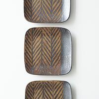 鉄絵角皿 (C)  13.5cm 城進