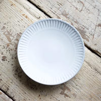 藤山窯 / 5寸皿 - ミルク  -   鎬