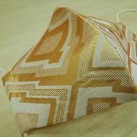 Lサイズ! 西陣織 金襴 絹織物 マスク 白地 三階菱紋様 白金