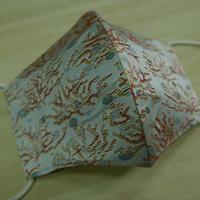 M 西陣織 金襴 絹織物 布マスク 白地 珊瑚紋様 アイスシルクコットン裏地