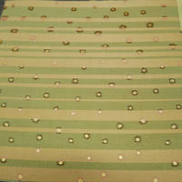 西陣売り 絹織物 こぎれ 白茶地 ストライプ&フラワー紋様  L 茶、桃