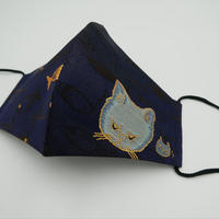 Lサイズ! 西陣織 金襴 絹織物 マスク nya! cat にらみちゃん 紺地 夜の猫