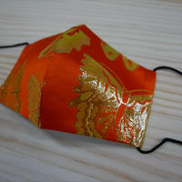 M 西陣織 金襴 絹織物 マスク 朱地 蝶紋様  金