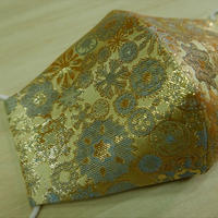 L 西陣織 金襴 絹織物 布マスク 白茶地 雪輪紋様小柄 水黄 アイスシルクコットン裏地
