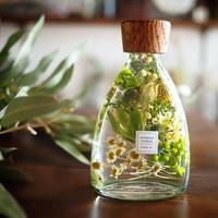 マトリカリアとグリーンのハーバリウム コチ瓶