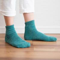 蒸れずに温かい 底パイルふわふわ靴下  杢グリーン_SO002-GR