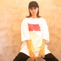 BIG YELLOW PEACE / Big silhouette T-shirts [White ]