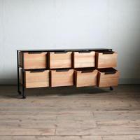 アイアンと木箱のローチェスト 4列2段