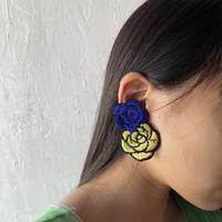 お花のイヤリング ブルー×イエロー