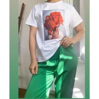 レッドフラワープリントTシャツ