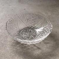 大正〜昭和期  古いプレスガラス  20cmの大鉢  花紋様  素麺器 フルーツ盛り鉢 気泡 プレスによるバリ  アンティークガラス  無傷完品