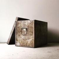 アンティーク アルミ製 ストック缶 44cm  収納ケース  米櫃  ヴィンテージツールボックス  アルミの古い箱  古道具 道具箱  持ち手・蓋付き