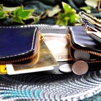 革の宝石ルガトー・二つ折りコインキャッチャー財布(紺)