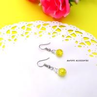 yellow pierced earrings クラックビーズのピアス イエロー 黄色