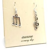 note pierced earrings 音符とト音記号のピアス アシンメトリー