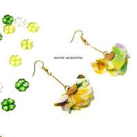 flower tassel pierced earrings フラワータッセルのピアス