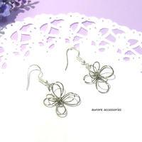 wire flower pierced earrings ワイヤーフラワーのピアス  シルバー