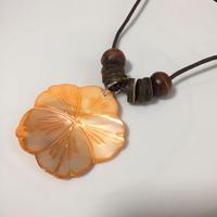 SALE= シェルのロングネックレス - orange ハイビスカス