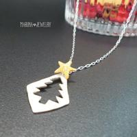 クリスマスツリーのネックレス - silver