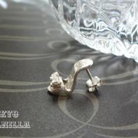 シンデレラの靴 - silverピアス(片耳用) - B