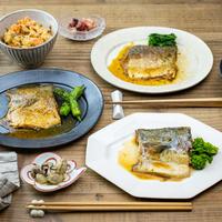 「骨までおいしい焼き魚シリーズ」(真さばの塩焼2袋・銀鮭の塩焼2袋)