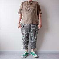 SLOW HANDS(スローハンズ)/ fine cotton wide pocket S/S T /khaki